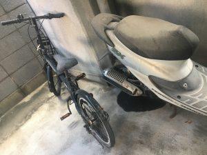 放置された自転車やバイク