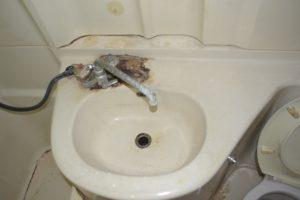 洗面台ビフォー