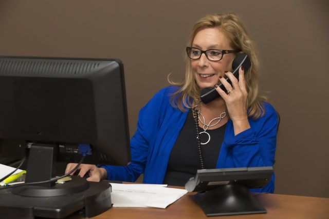 不動産会社から投資マンションの営業電話!!迷っている時に確認すべき重大な5つのポイント